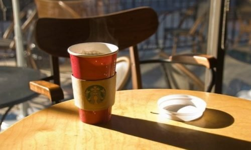 I Tried Starbucks' Blonde Roast (So You Don't Have to)