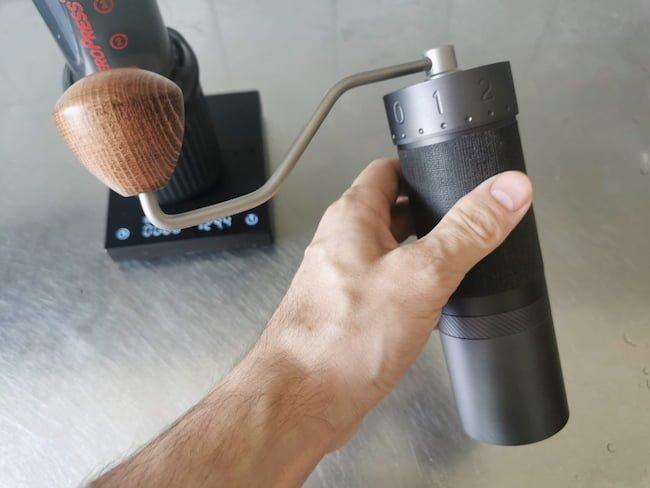 1zpresso j-max in hand